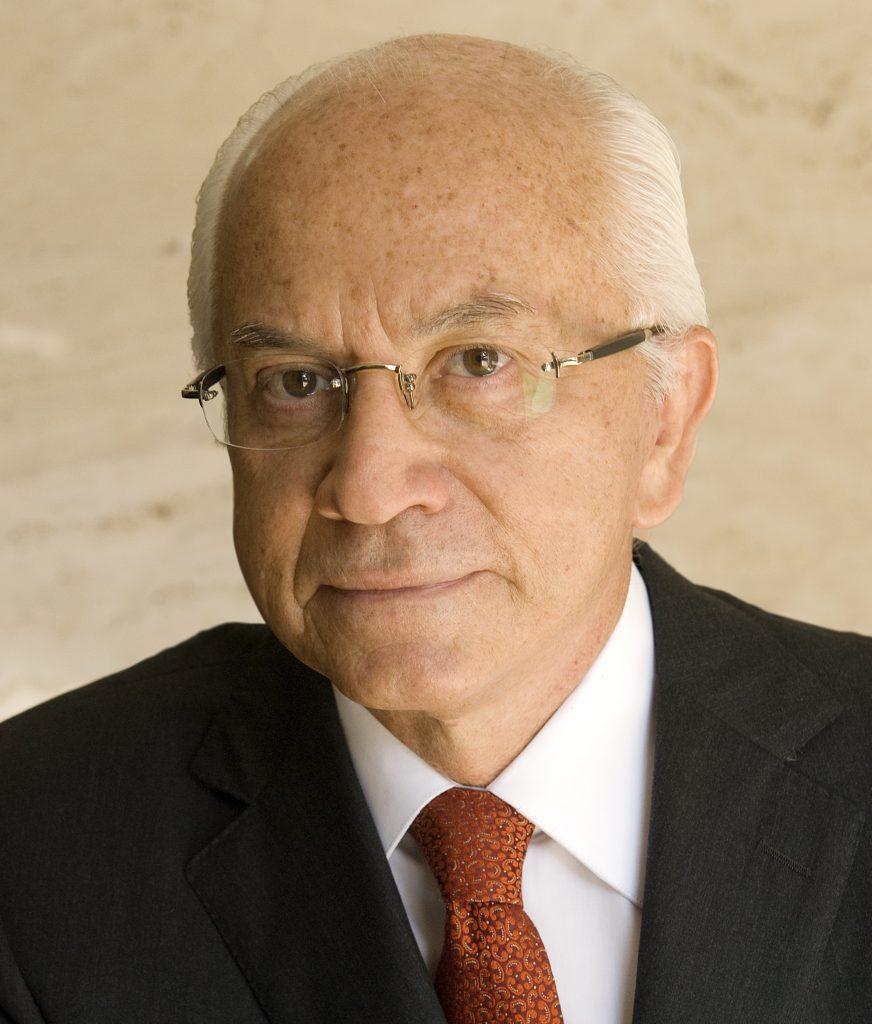 Dr. Virgilio Centurion